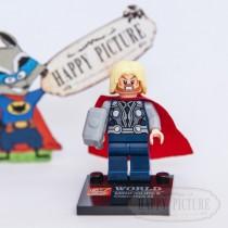 Фигурка Лего -  Тор
