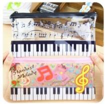 Косметичка-сумочка  пианино  (19 х 8,5 см.)